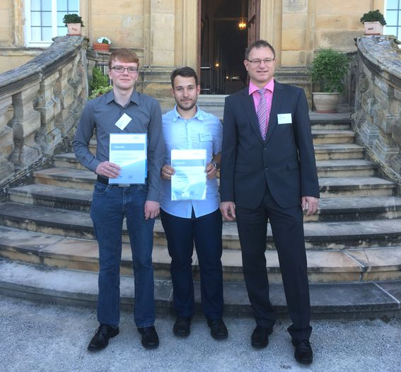 From left to right on the picture: Price winners Jonas Mrazek and Tobias Sommermann, Rainer Herold (trainee manager)